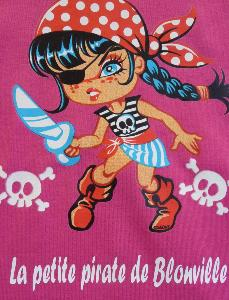 "T-shirt fille ""La petite pirate de Blonville"""